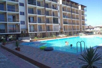 Апартаменты в клубном комплексе, Рубежный проезд, 28 на 2 номера - Фотография 1