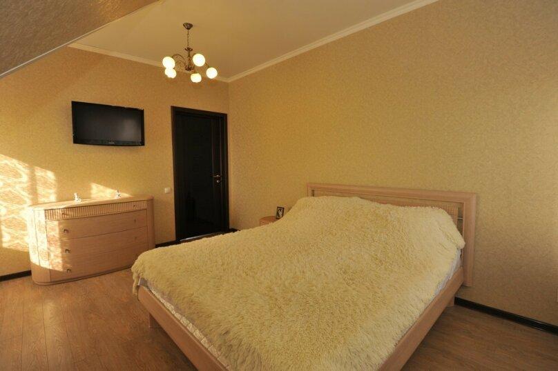 Дом для комфортного проживания, 120 кв.м. на 6 человек, 2 спальни, Советская улица, 66, Голубицкая - Фотография 7