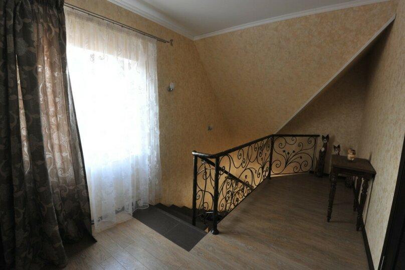 Дом для комфортного проживания, 120 кв.м. на 6 человек, 2 спальни, Советская улица, 66, Голубицкая - Фотография 9