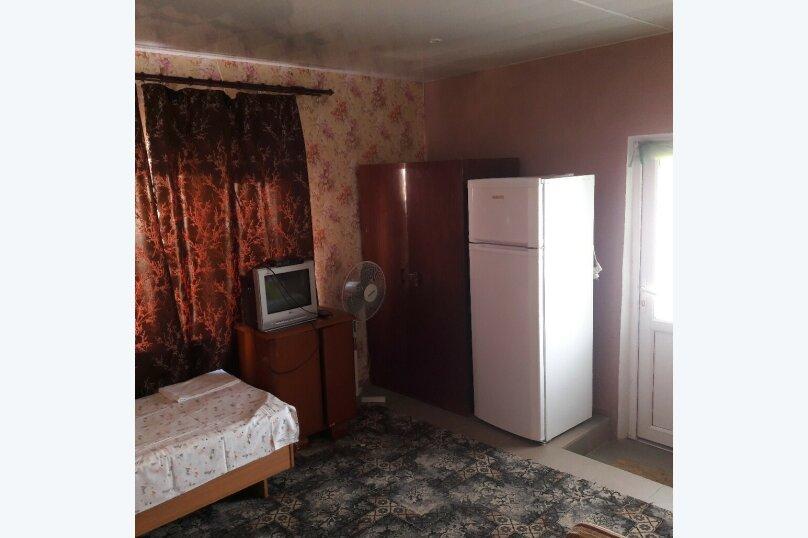 """Гостевой дом """"Южный"""", Южная, 4 на 3 комнаты - Фотография 13"""