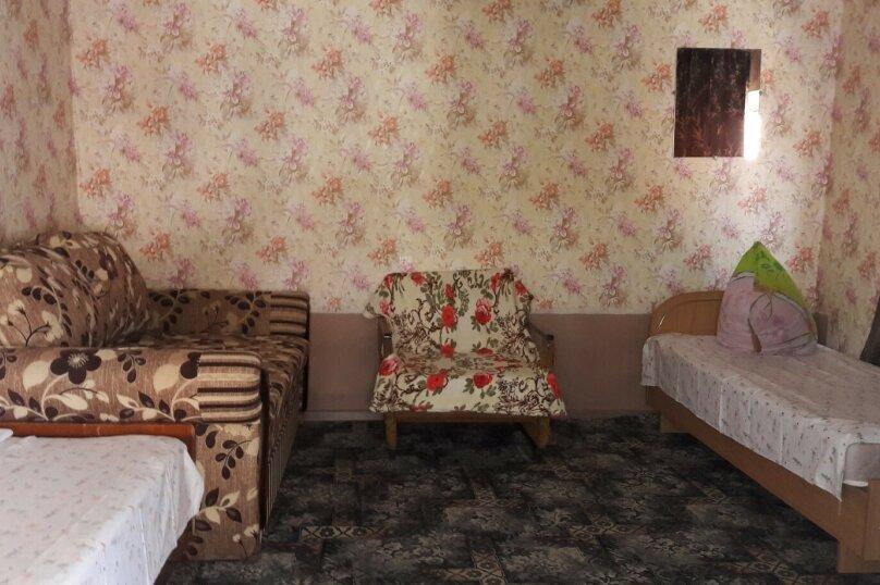 """Гостевой дом """"Южный"""", Южная, 4 на 3 комнаты - Фотография 15"""