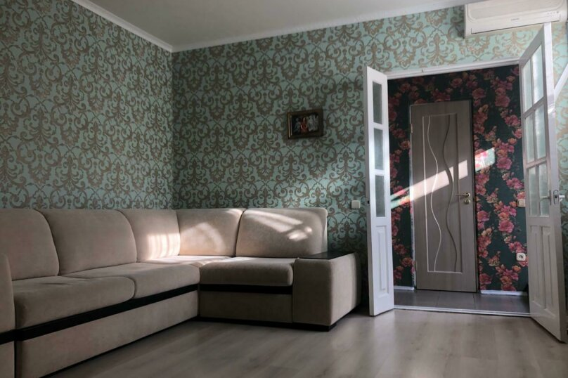 2-комн. квартира, 45 кв.м. на 6 человек, улица Ленина, 173Б, Адлер - Фотография 2