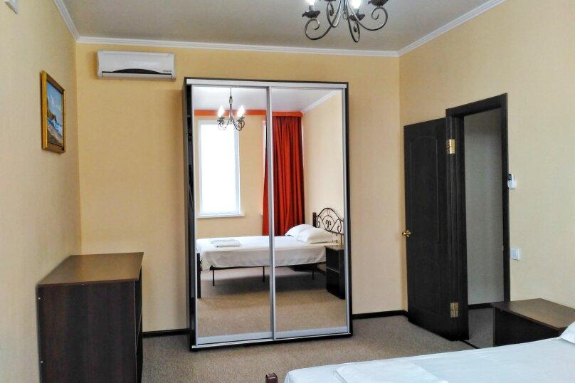 Коттедж , 80 кв.м. на 6 человек, 2 спальни,    с.Веселое ул.Мичурина, 26, Судак - Фотография 15