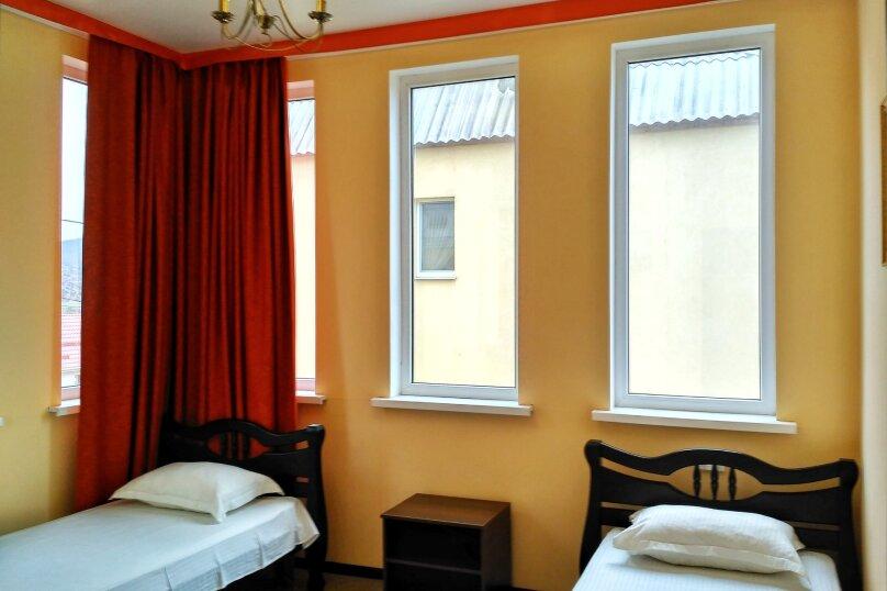 Коттедж , 80 кв.м. на 6 человек, 2 спальни,    с.Веселое ул.Мичурина, 26, Судак - Фотография 16