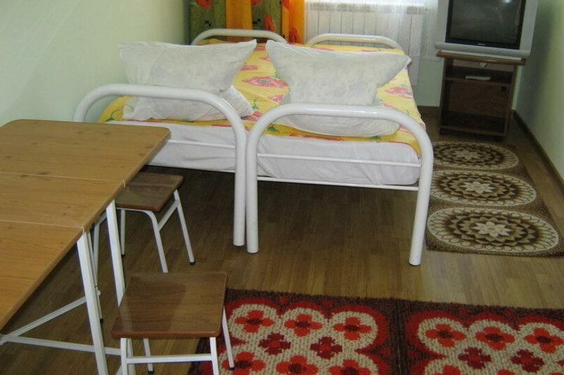 Стандарт, 3-местный, 1-комнатный, улица Мира, 26, Ейск - Фотография 1