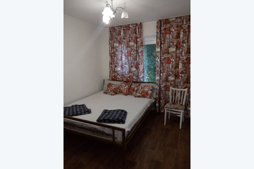 Четырехместный двухкомнатный номер с собственной внешней ванной комнатой, Садовая улица, 28, Береговое, Феодосия - Фотография 1