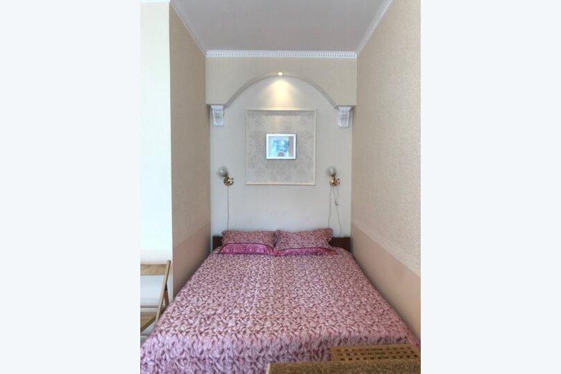 Гостевой дом с  двориком - студия № 1 , 22 кв.м. на 3 человека, 1 спальня, Поликуровская, 5, Ялта - Фотография 11