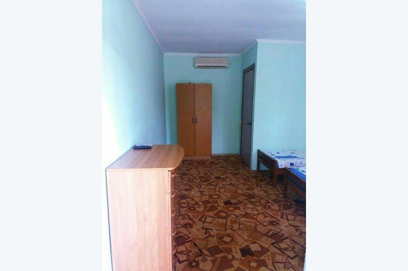 Комфорт 3-х местный, с тремя односпальными кроватями, Рыбзаводская, 42а, Пицунда - Фотография 4