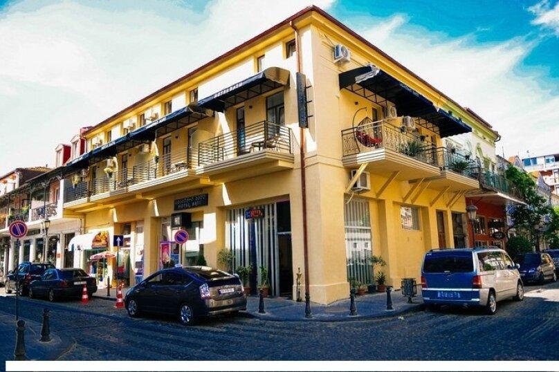 """Отель """"Batu"""", улица Звиада Гамсахурдия, 29 на 11 номеров - Фотография 7"""