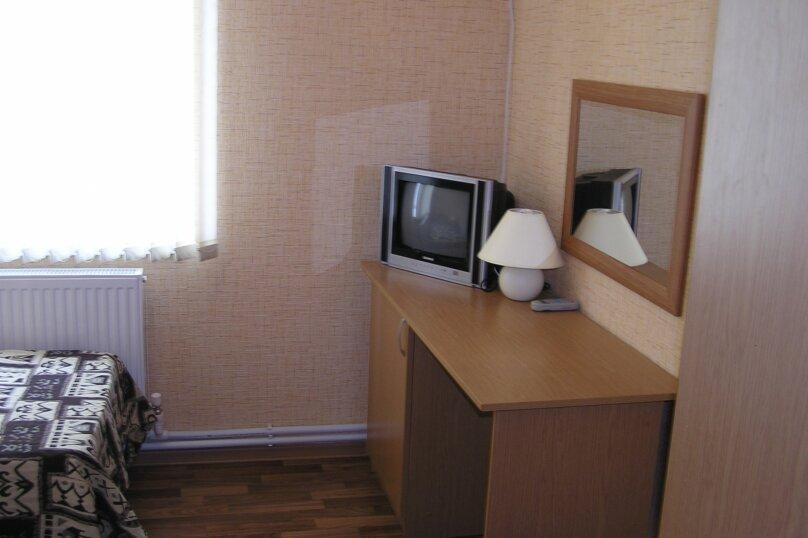 Дом в Пересыпи, улица Бондаревой, 39 на 9 комнат - Фотография 3