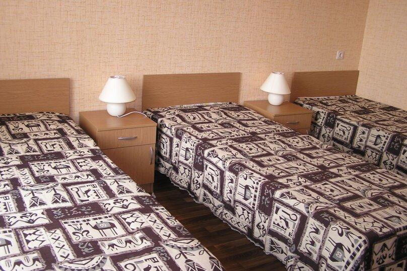 Дом в Пересыпи, улица Бондаревой, 39 на 9 комнат - Фотография 5