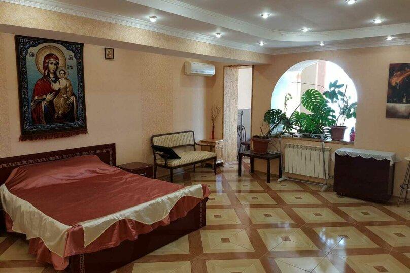 Таунхаус, 100 кв.м. на 6 человек, 1 спальня, улица Тимирязева, 25, Ялта - Фотография 1
