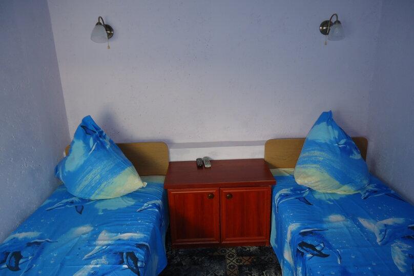 """Гостевой дом """"Южный"""", Южная, 4 на 3 комнаты - Фотография 19"""