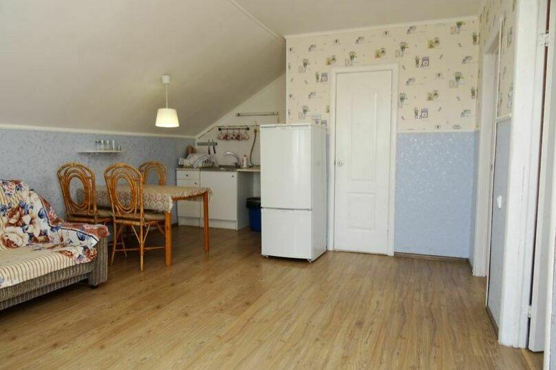2-комн. квартира, 50 кв.м. на 7 человек, Борисовский переулок, 5, Геленджик - Фотография 1