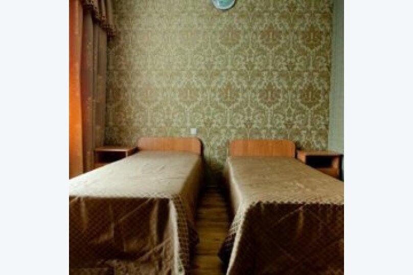 Бюджетный двухместный номер с 1 кроватью или 2 отдельными кроватями, улица Шевченко, 202А, Анапа - Фотография 1