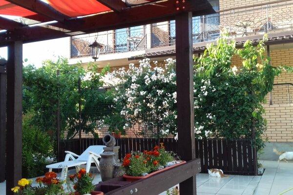 Гостевой дом, Коллективная улица, 91А на 10 номеров - Фотография 1