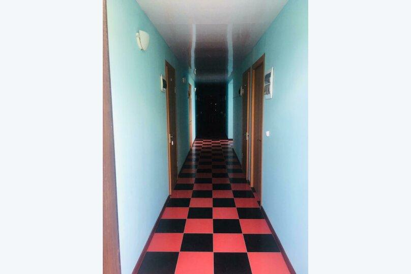 """Гостевой дом """"Каменный цветок"""", Набережная, 27 на 7 комнат - Фотография 16"""