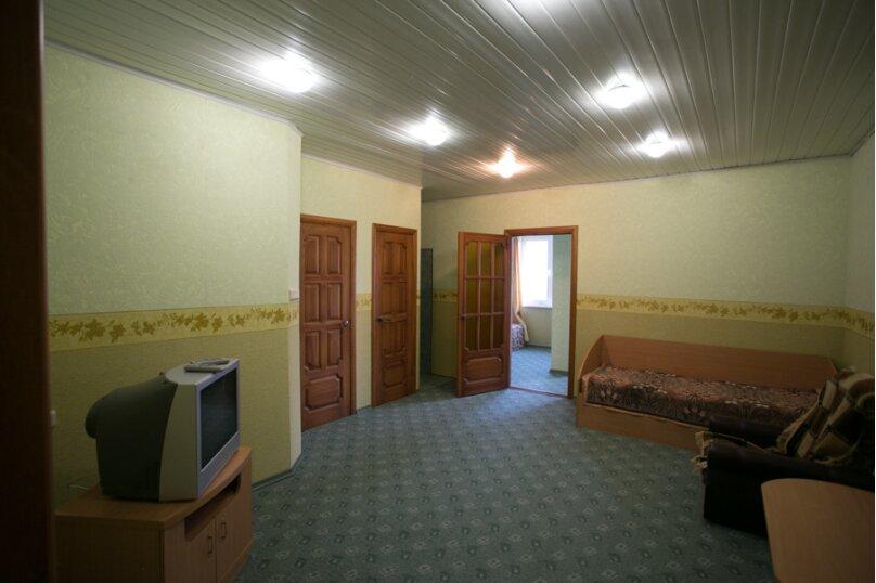 Семейный двухкомнатный без балкона на 3-м этаже, Штормовая, 13-а, Евпатория - Фотография 6
