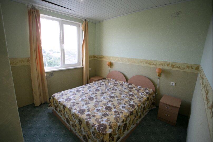 Семейный двухкомнатный без балкона на 3-м этаже, Штормовая, 13-а, Евпатория - Фотография 8