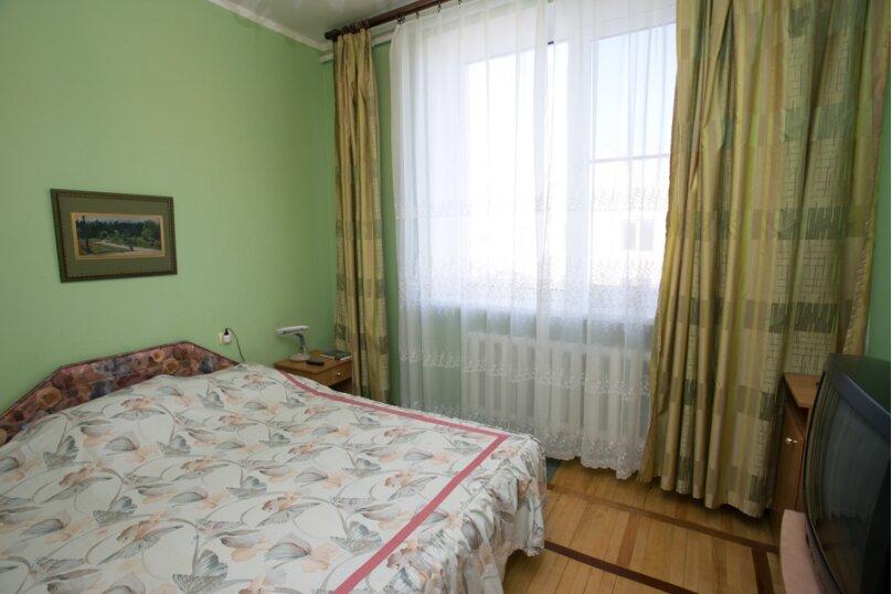 Трехместный семейный без балкона, Штормовая, 13-а, Евпатория - Фотография 8