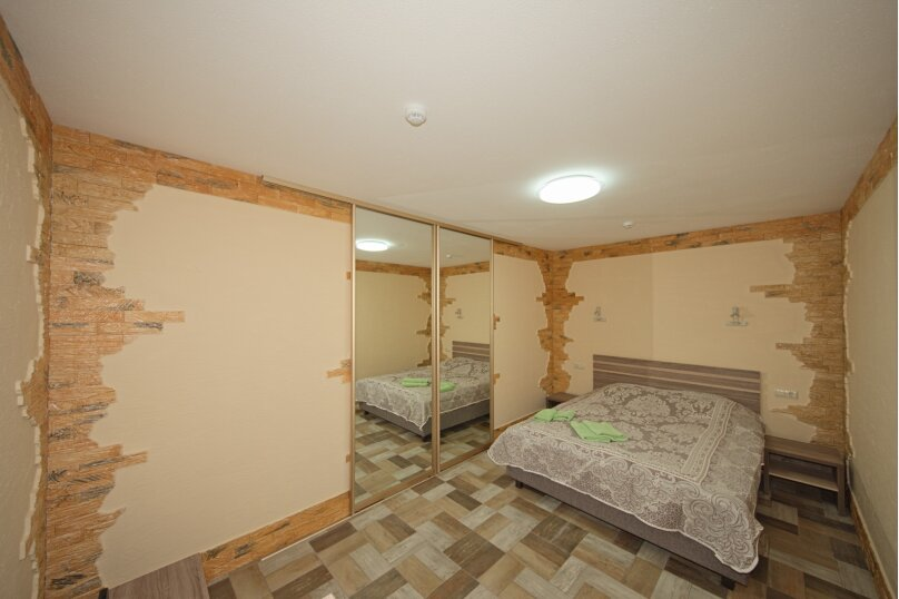 Апартаменты, Симферопольская улица, 94А, Евпатория - Фотография 1