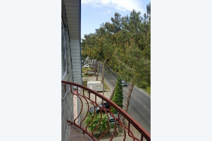 """Гостевой дом """"AnapaHouse"""", улица Самбурова, 78 на 13 комнат - Фотография 2"""