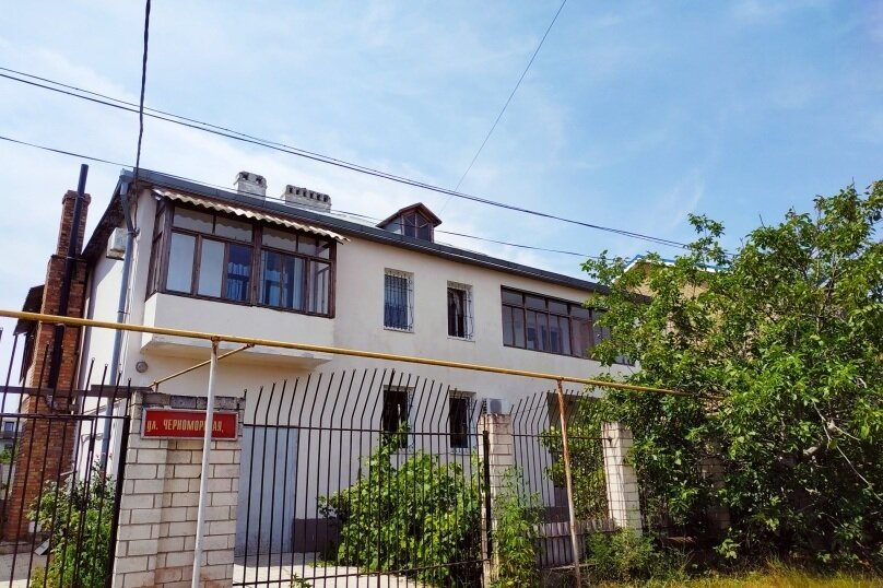 """Гостевой дом """"Viva"""", Черноморская улица, 49 на 8 комнат - Фотография 1"""