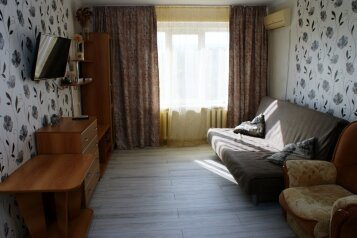 1-комн. квартира, 30.4 кв.м. на 4 человека, улица Кирова, 62, Геленджик - Фотография 2