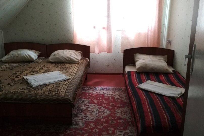 Дом-2: 2 этаж, 3-х местный номер, Набережная улица, 24в, Алушта - Фотография 1
