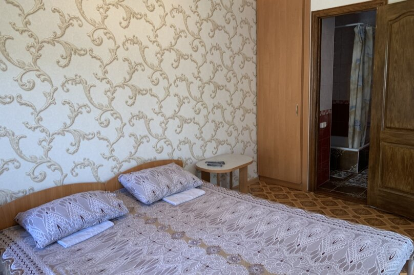 2-х местный номер люкс, Горького, 4, Морское - Фотография 1