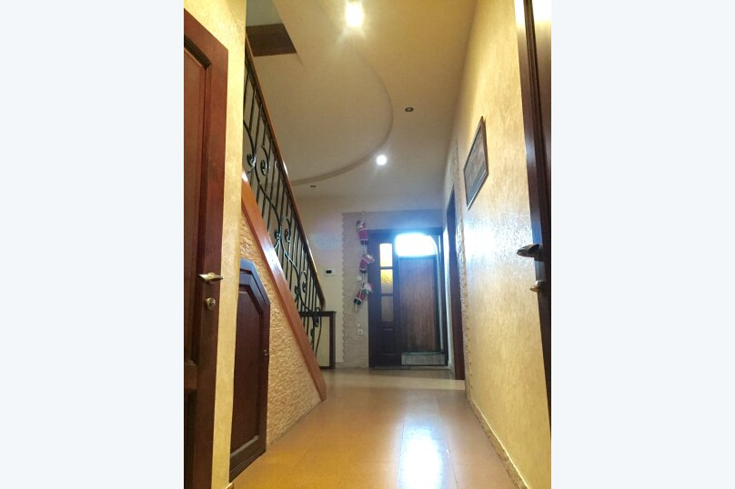 2 этажа под. ключ!, 240 кв.м. на 7 человек, 3 спальни, Сухумское шоссе, 32К, Сочи - Фотография 20