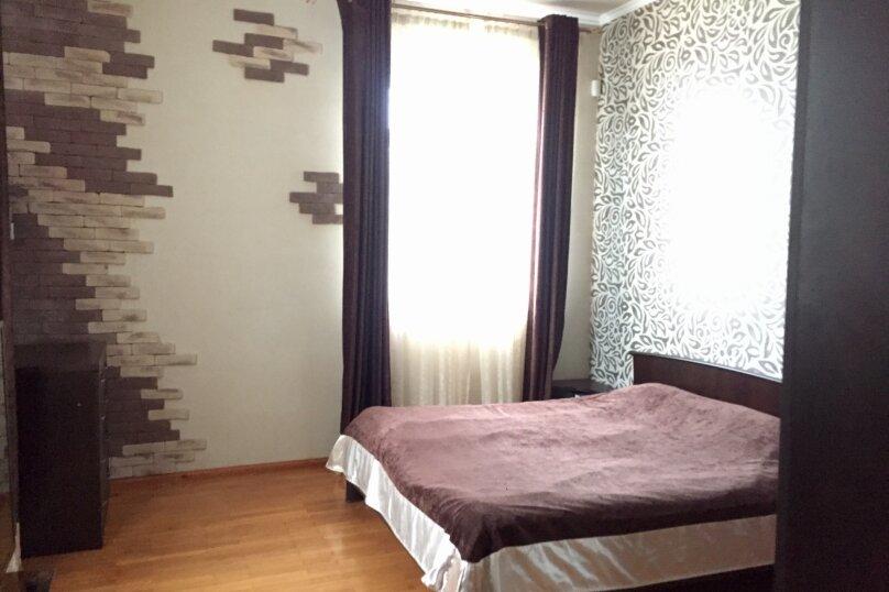 2 этажа под. ключ!, 240 кв.м. на 7 человек, 3 спальни, Сухумское шоссе, 32К, Сочи - Фотография 23