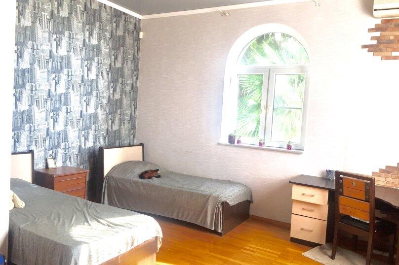 2 этажа под. ключ!, 240 кв.м. на 7 человек, 3 спальни, Сухумское шоссе, 32К, Сочи - Фотография 26
