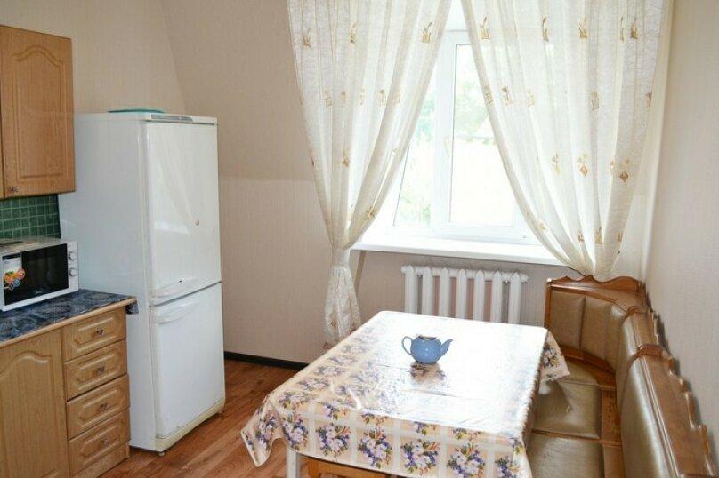"""Гостевой дом """"Уютный дворик"""", Таманская улица, 11Б на 10 комнат - Фотография 20"""