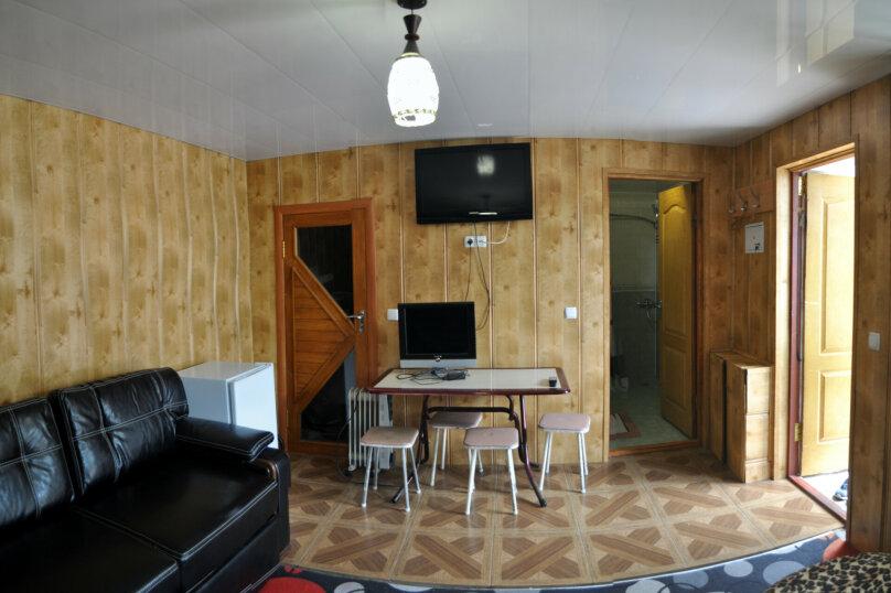 """Гостевой дом """"На Джихана Челеби 15"""", улица Джихана Челеби, 15 на 4 комнаты - Фотография 22"""