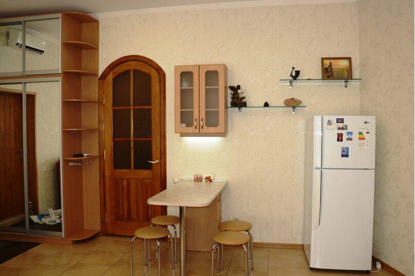 1-комн. квартира, 40 кв.м. на 3 человека, улица Ломоносова, 43, Ялта - Фотография 2