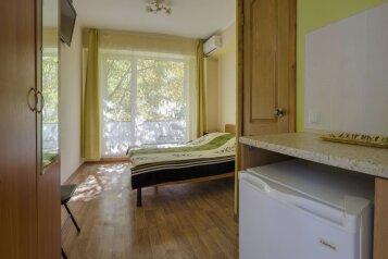 Гостевой дом , Глазскрицкого , 5 Б на 7 номеров - Фотография 1