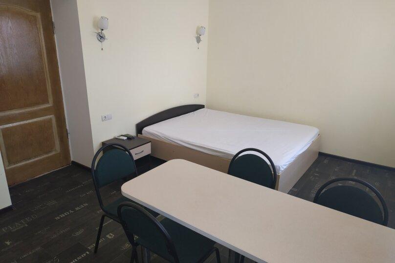 Стандарт 2-комнатный, Курортная, 15, Заозерное - Фотография 1