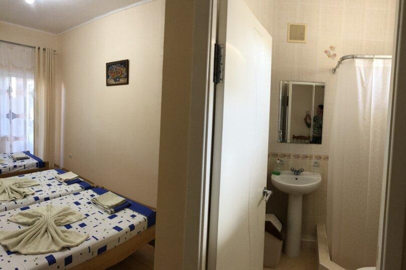 """Гостевой дом """"АБРИКОС"""", улица Чапаева, 16 на 8 комнат - Фотография 12"""