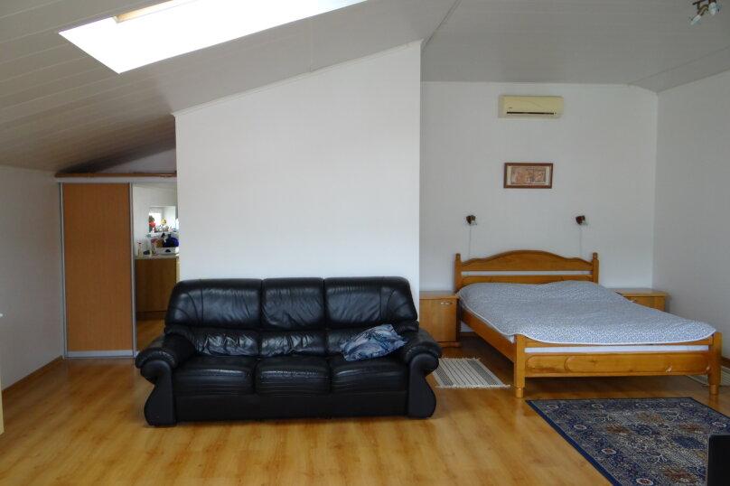Отдельная комната, улица Чапаева, 16, Геленджик - Фотография 1