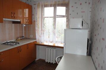 2-комн. квартира, 45 кв.м. на 4 человека, улица Адмирала Октябрьского, Севастополь - Фотография 2