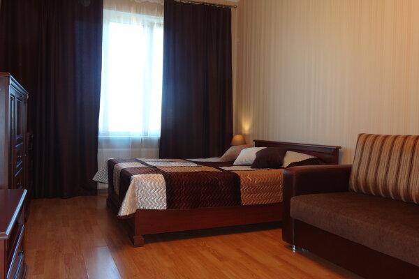 1-комн. квартира, 43 кв.м. на 4 человека, улица Композиторов, 12Б, Санкт-Петербург - Фотография 1