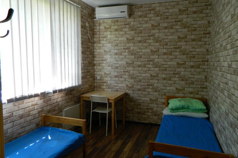 Двухместный номер с двумя раздельными кроватями, улица Ерошенко, 17, Севастополь - Фотография 3