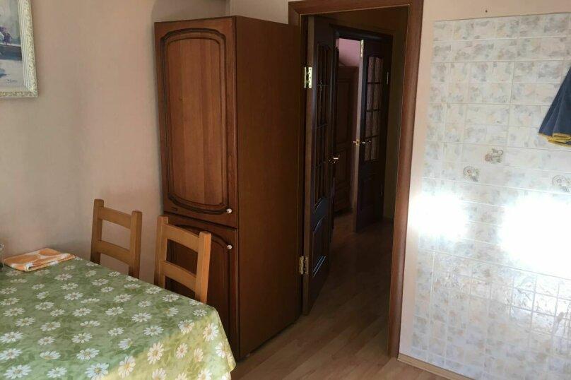 3-комн. квартира, 68 кв.м. на 6 человек, Академическая , 10, Листвянка - Фотография 10