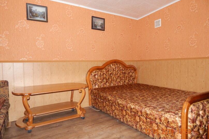 Домик  отдельный   в  тихом  месте, 25 кв.м. на 3 человека, 1 спальня, Щепкина, 1, Алупка - Фотография 11