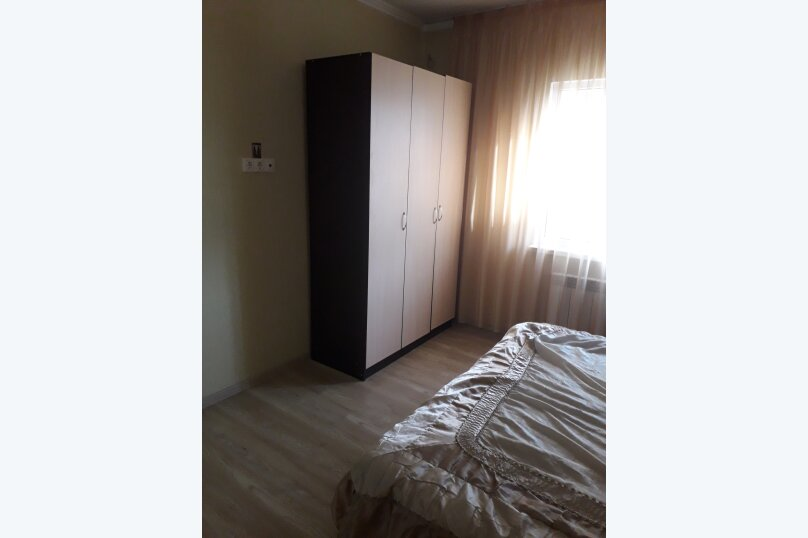 """Гостевой дом """"У Галины"""", Орбитовская улица, 4 на 8 комнат - Фотография 3"""