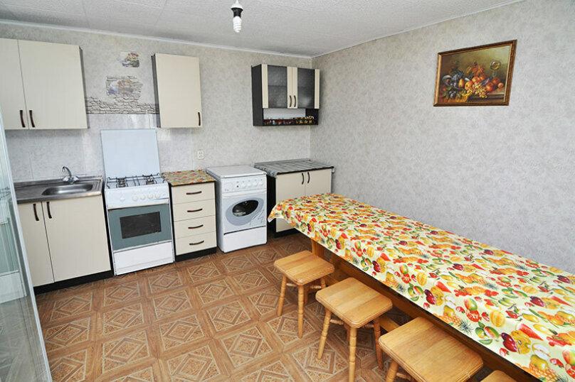 """Гостевой дом """"Дубрава"""", улица Кати Соловьяновой, 78 на 19 комнат - Фотография 3"""