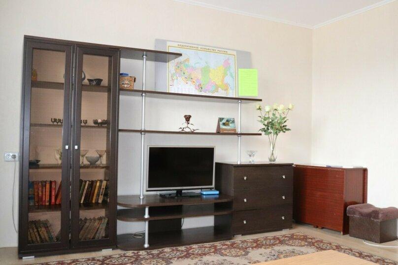 2-комн. квартира, 64 кв.м. на 4 человека, проспект Строителей, 90, Новокузнецк - Фотография 5