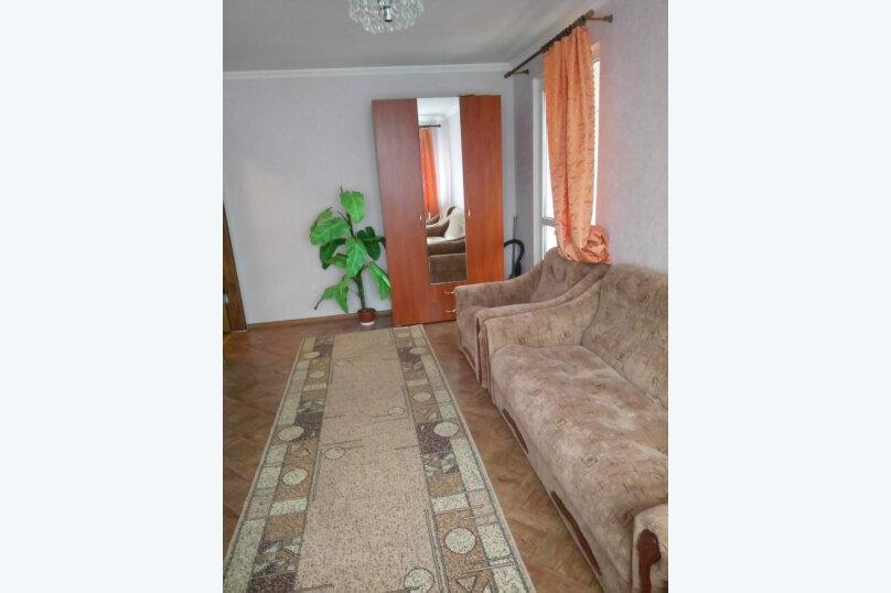 1-комн. квартира, 30 кв.м. на 5 человек, Партизанская, 36, Алушта - Фотография 1