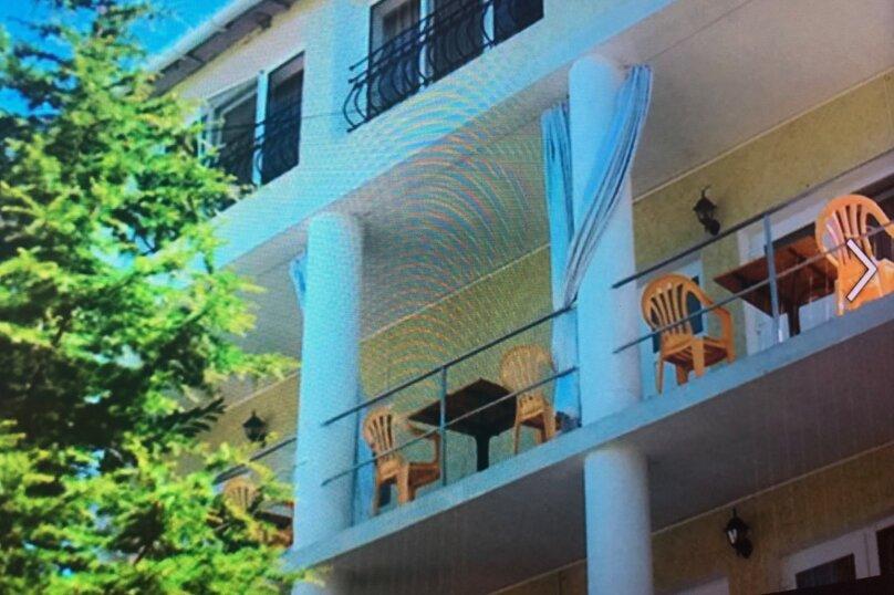 """Отель """"1000 звёзд"""", Заречная улица, 27 на 25 номеров - Фотография 1"""